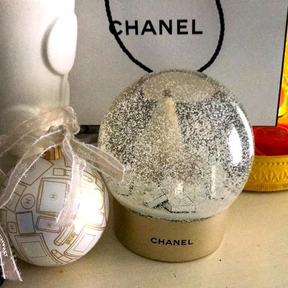 Chanel snow globe.